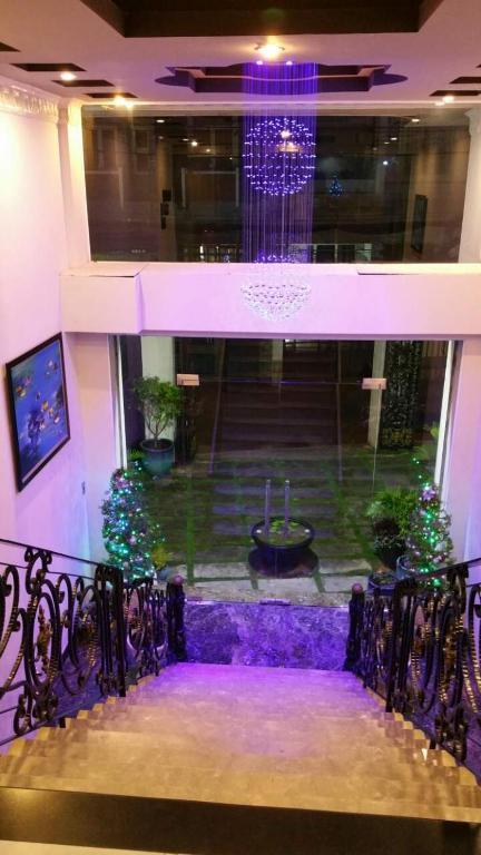 Eden Roc Hotel