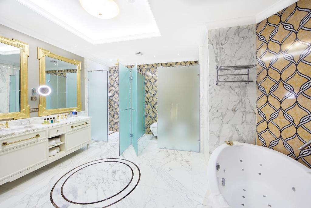 Ванная комната в Отель Корпоративный Центр Сбербанка