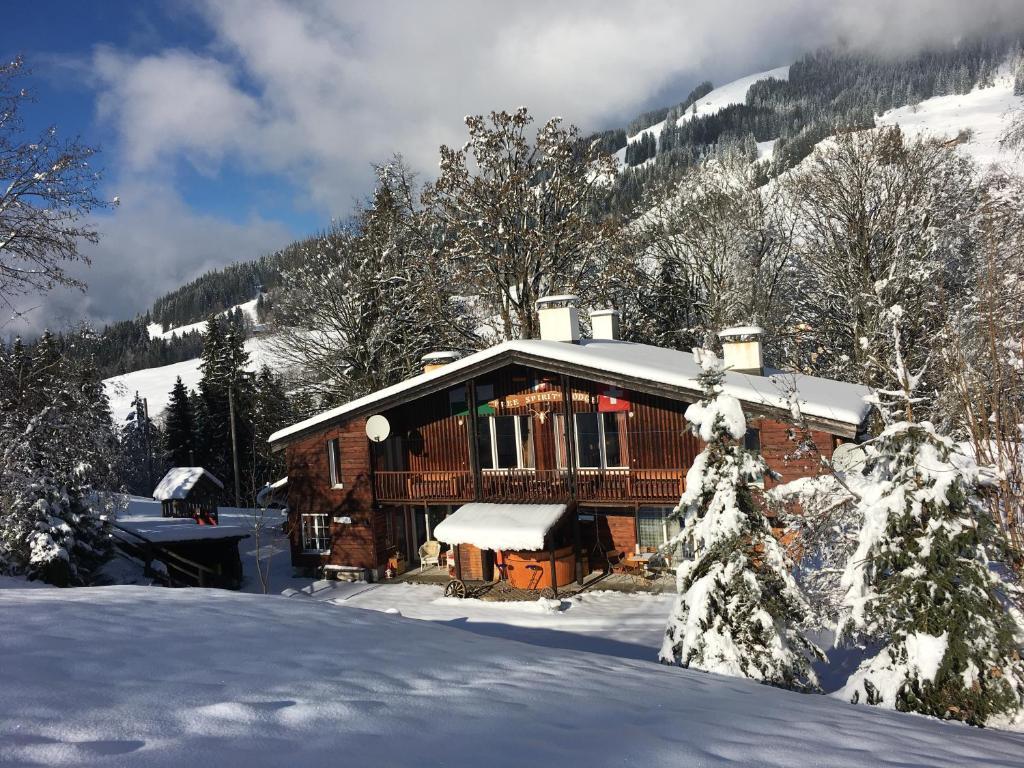 Free Spirit Lodge בחורף
