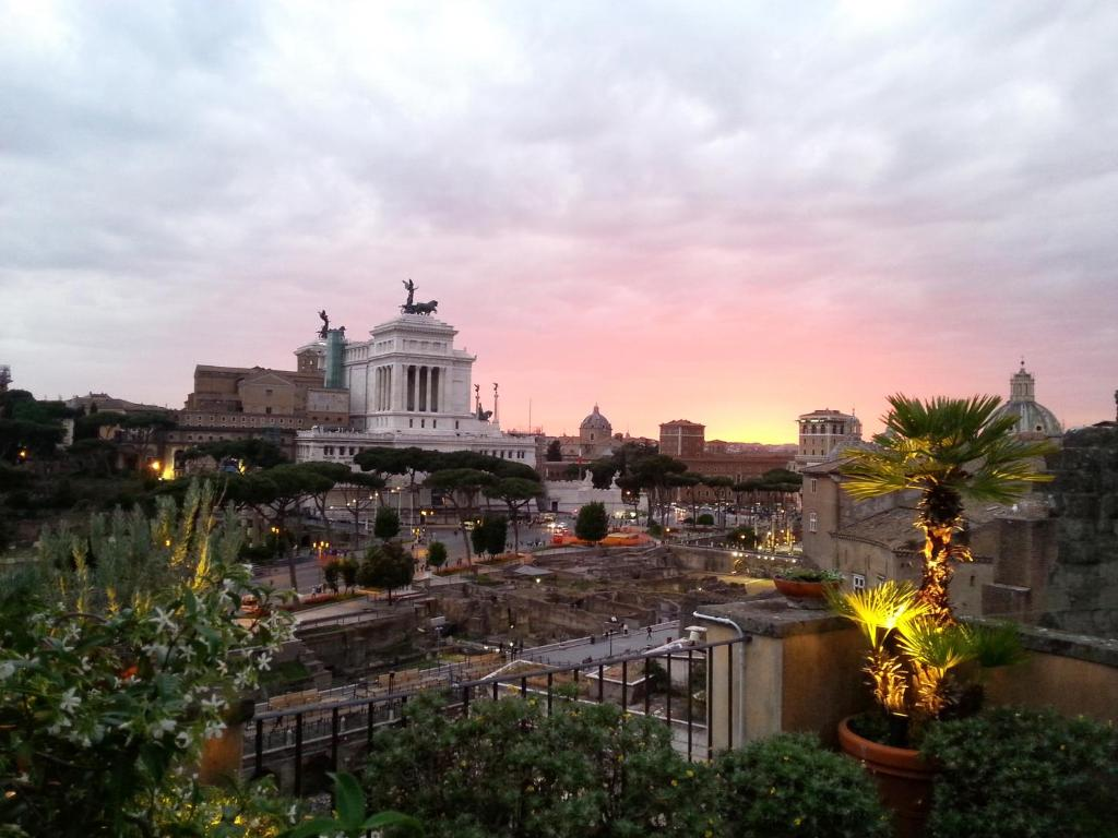 Residenza Maritti Classic Rooms Rome Italy Booking Com