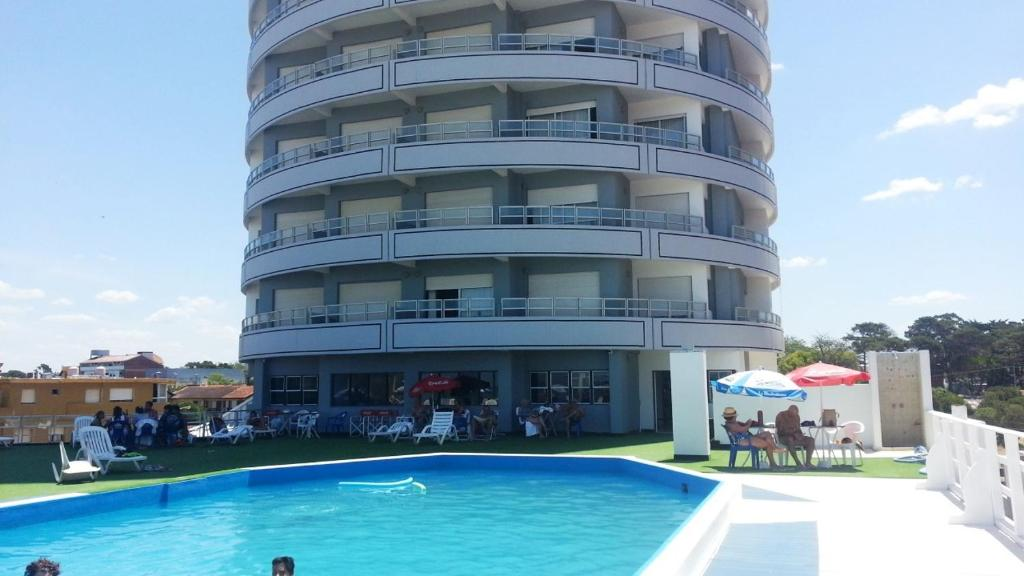 Hotel Coliseo, Villa Gesell, Argentina - Booking.com
