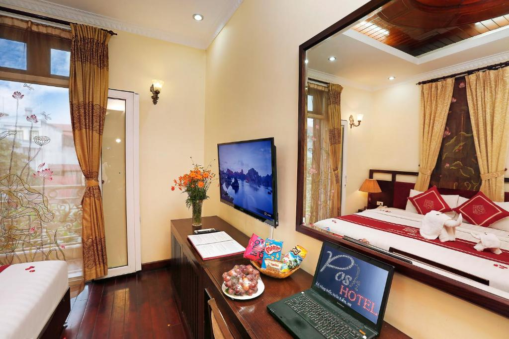 Deluxe Double or Twin City View - Free Minibar & Late Check-Out at 14.00 hr