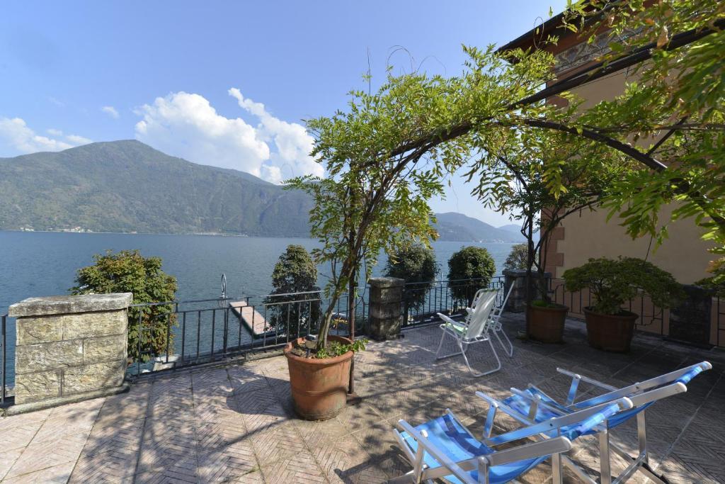 Vacation Home Casa La Terrazza Sul Lago Cannobio Italy