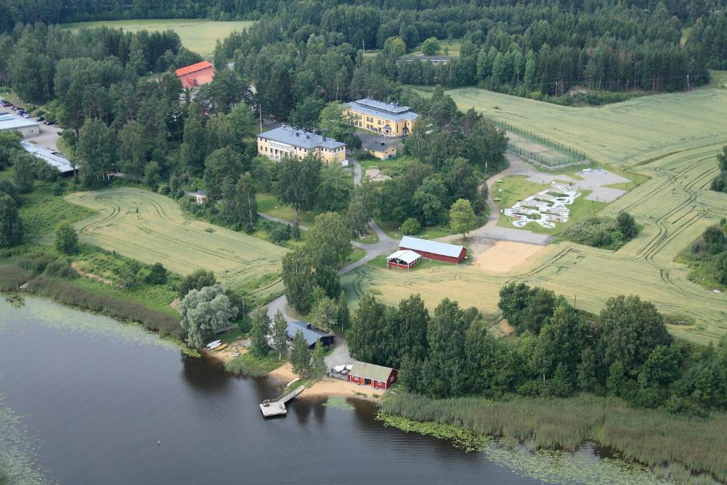 A bird's-eye view of Kyyhkylä Hotel and Manor