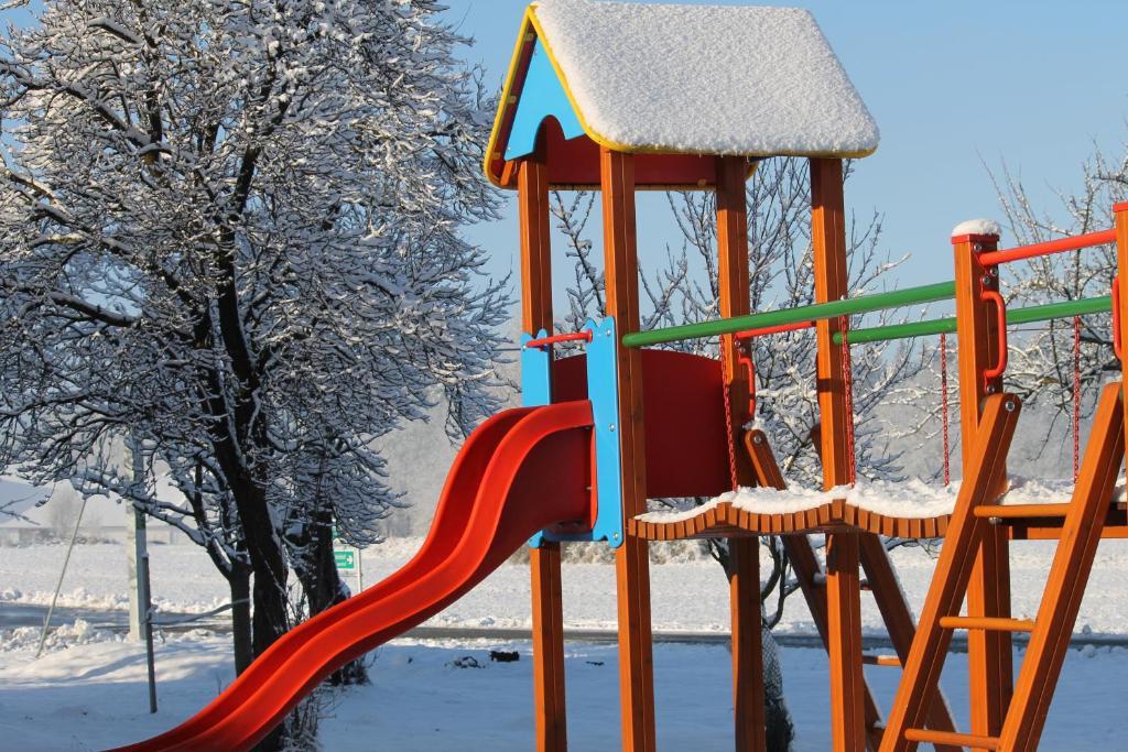Детская игровая зона в Rosis Erlebnishof