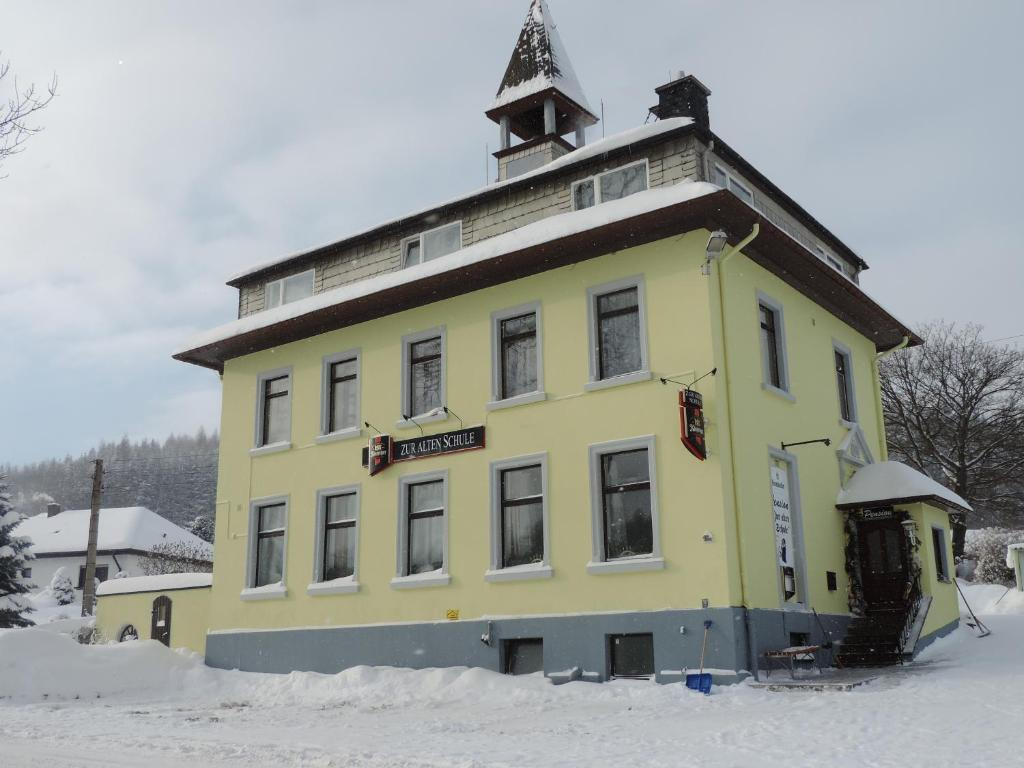 Pension zur alten Schule im Winter