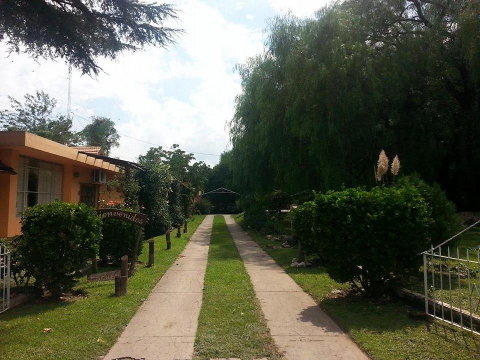 Un jardín fuera de Residencial Castelar