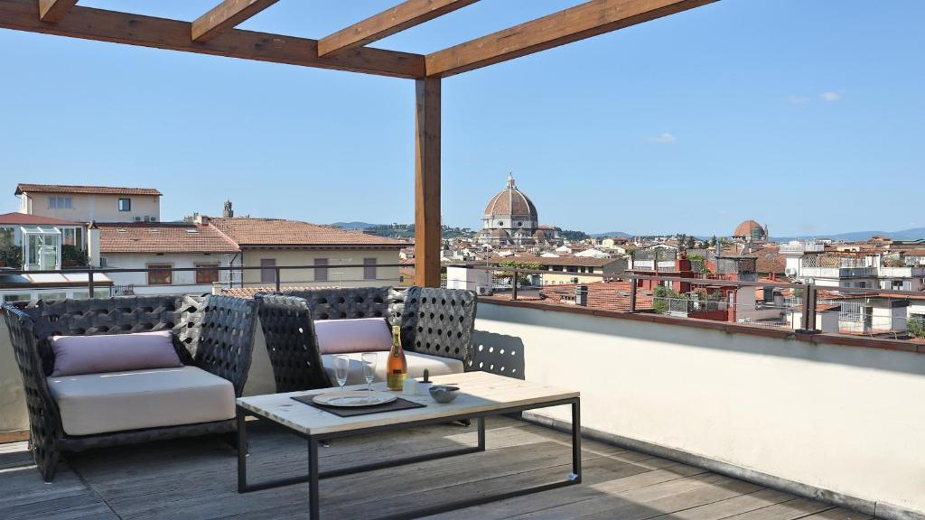 Apartment Terrazza D Azeglio Florence Italy Booking Com