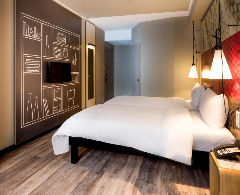 Кровать или кровати в номере Ibis Istanbul Tuzla Hotel