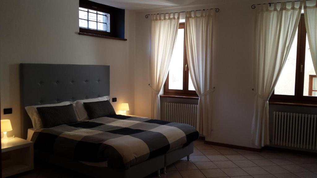 Letto o letti in una camera di Casa Francesca