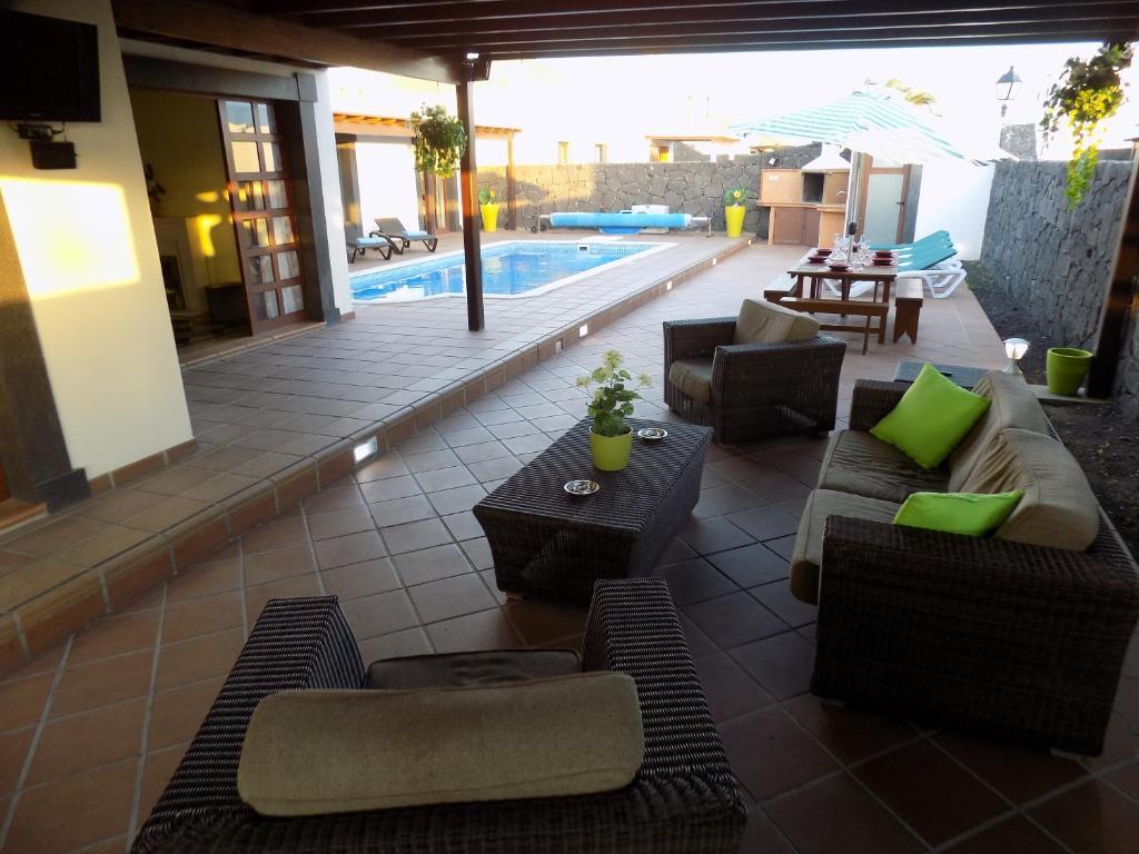 Villa La Isabella Playa Blanca Spain Booking Com