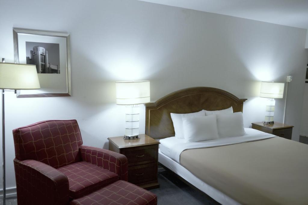 Rodeway Inn Suites Ocean Beach San