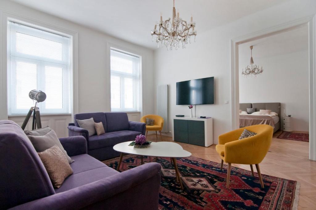 Area soggiorno di Elegant Apartment Wien Messe / WU