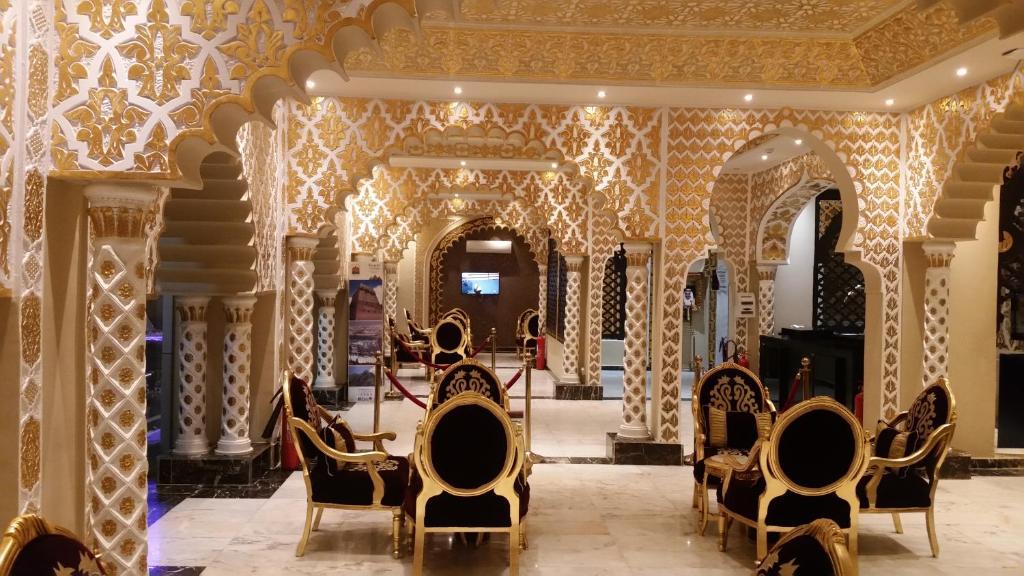 شقق فندقية Qasr Allathqiah Furnished (السعودية خميس مشيط) - Booking.com