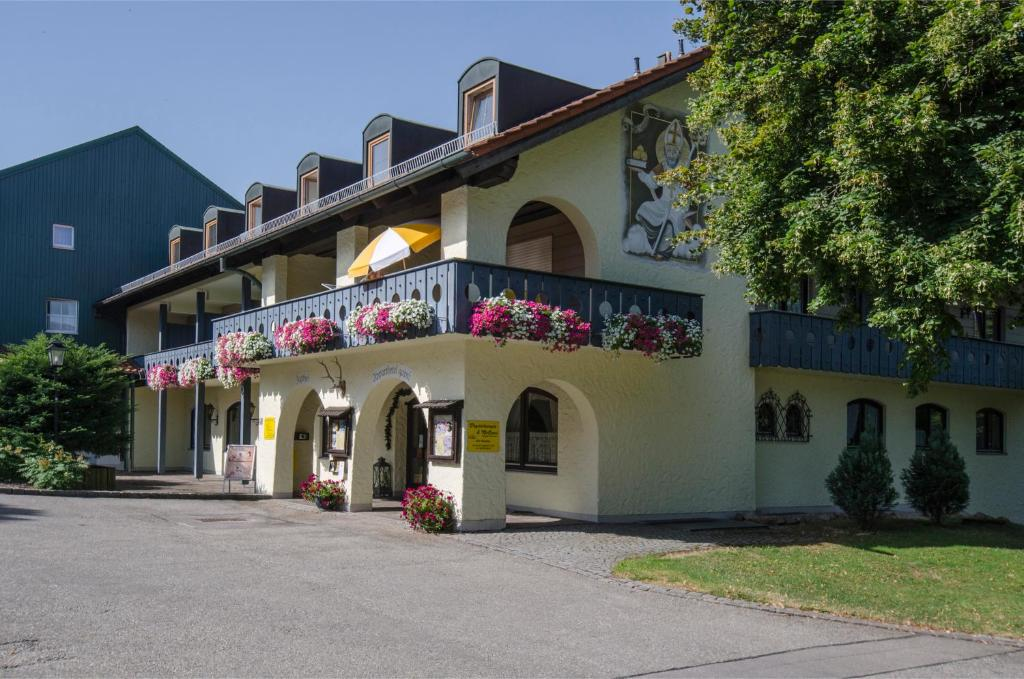 Apparthotel Jagdhof Bad Griesbach Germany Booking Com