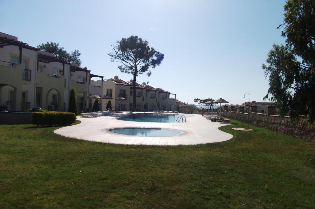 Apollonium Villas