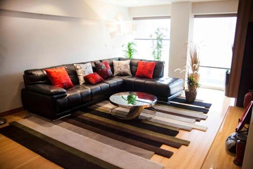 A seating area at Beautiful Apartment fully furnished