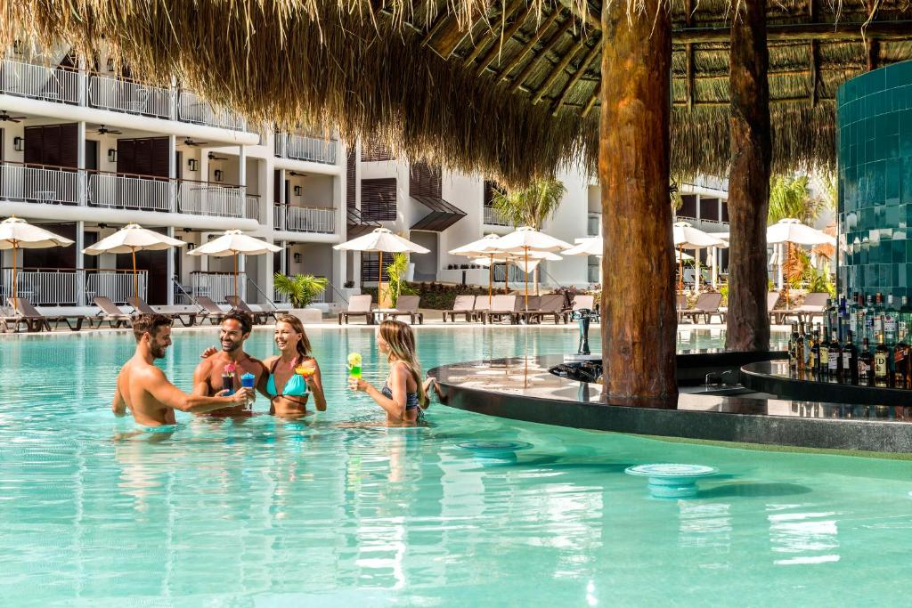 Resort Ocean Riviera Paradise El Beso
