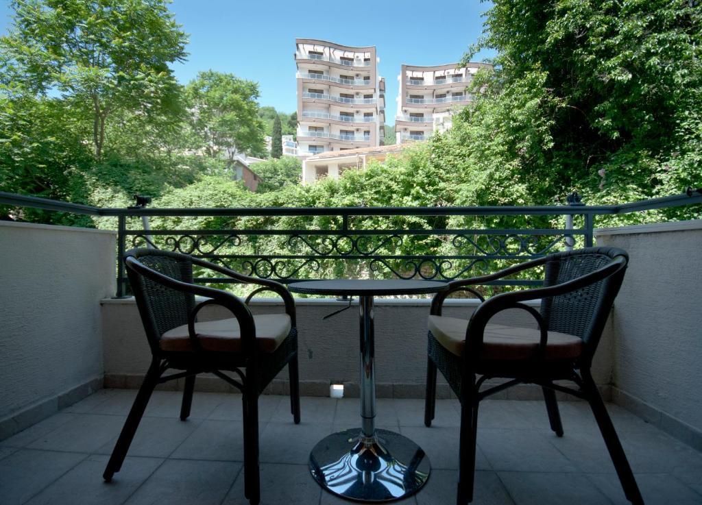 Балкон или терраса в Captain Apartments