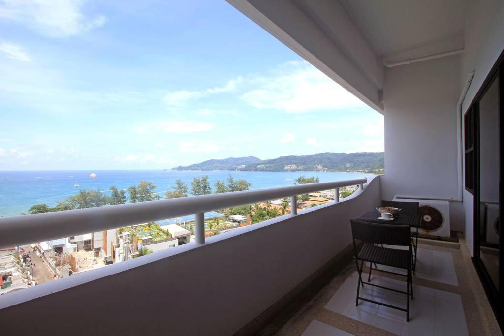 A balcony or terrace at Patong Tower by United 21 Thailand