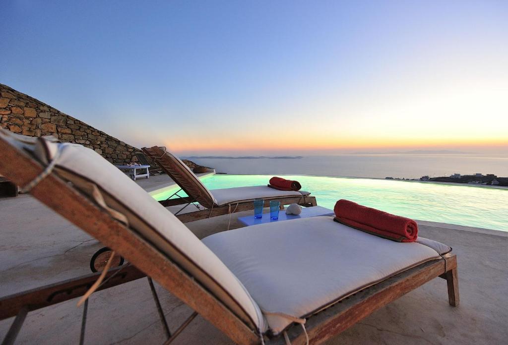 The swimming pool at or near Mermaid Luxury Villas - Adella