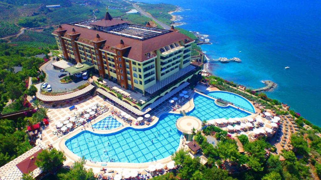 Resort Utopia World, Kargicak, Turkey - Booking com