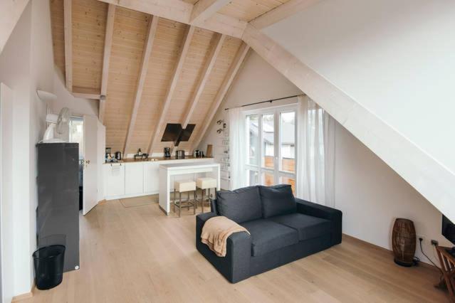 Ein Sitzbereich in der Unterkunft See - Apartment