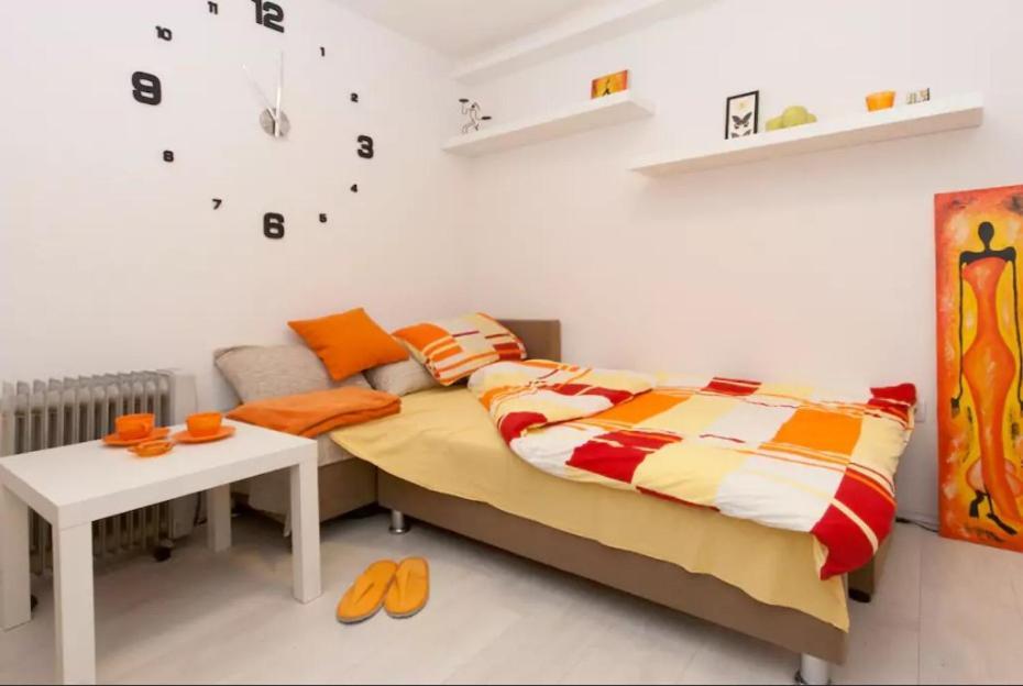 Studio Orange Place