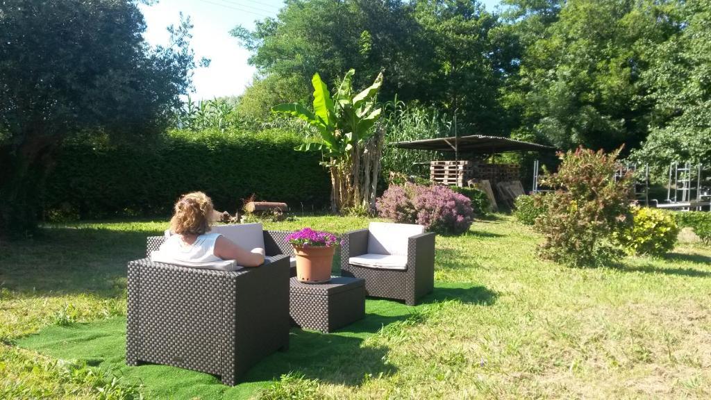 Jardín al aire libre en Casa Rural Ibarrondo Etxea