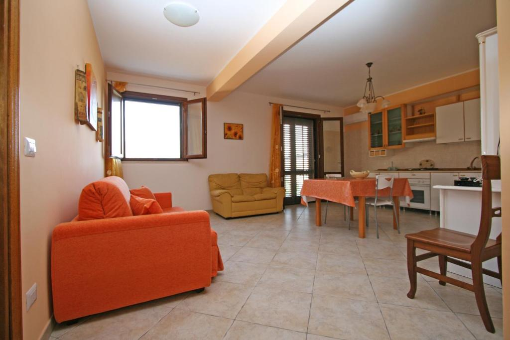 Appartamento Armonie Arancione (Italia San Vito Lo Capo ...