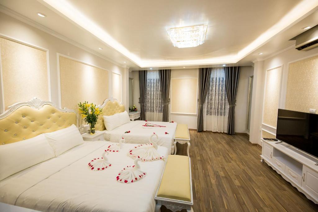 Suite Gia Đình Deluxe