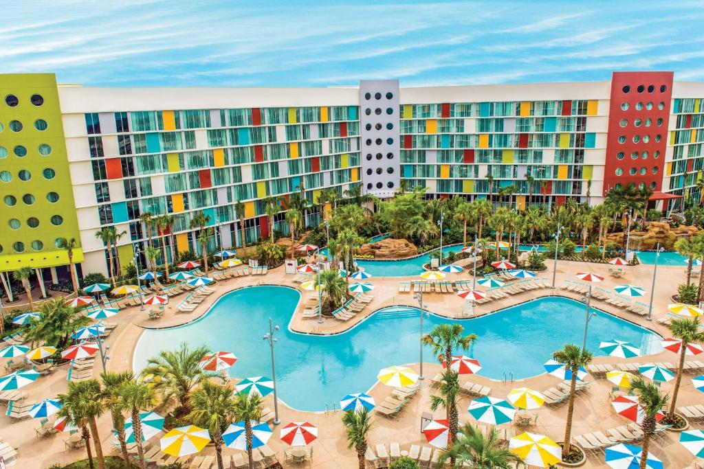 A view of the pool at Universal's Cabana Bay Beach Resort or nearby
