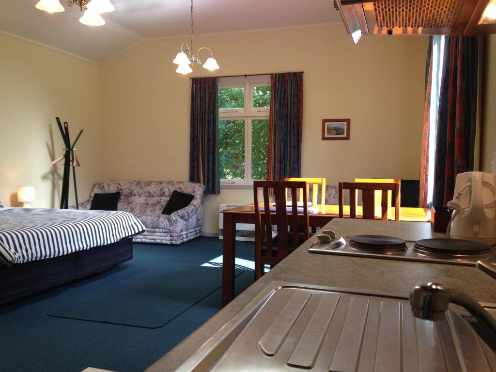 Willowbrook B&B and Cottages
