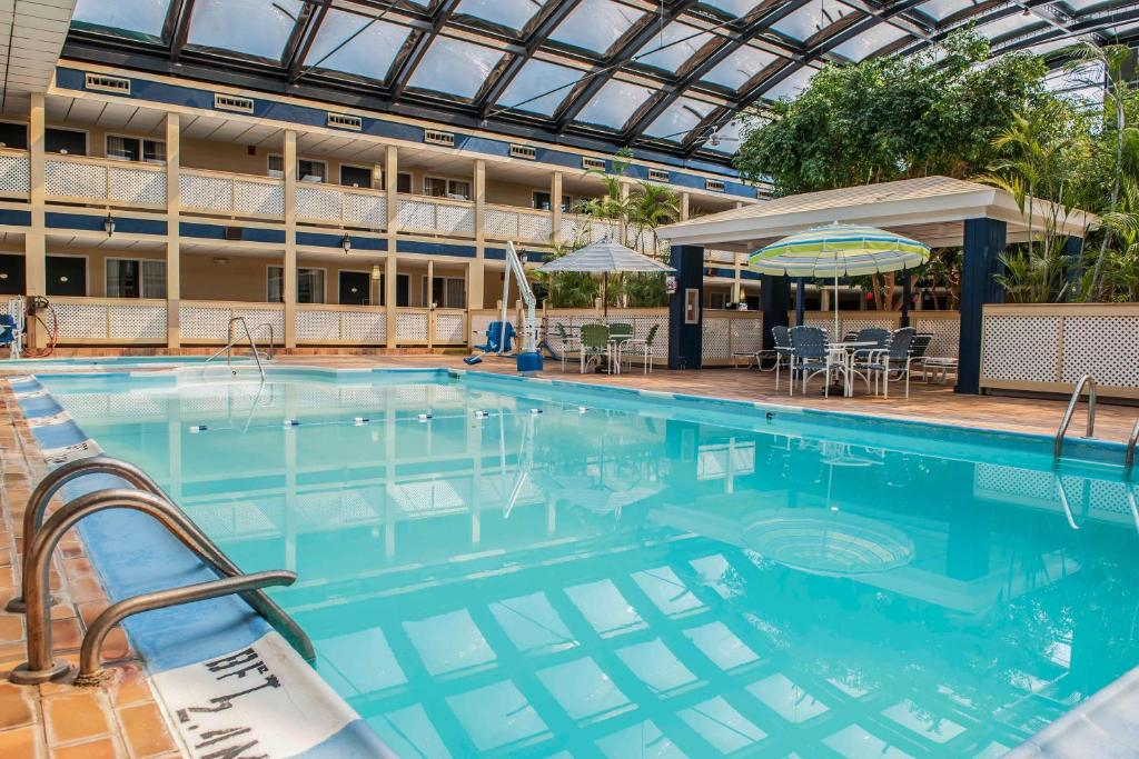 The swimming pool at or near Waterfront Hotel and Conference Center near Airport