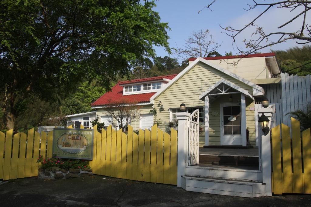 山林小屋所在的建築