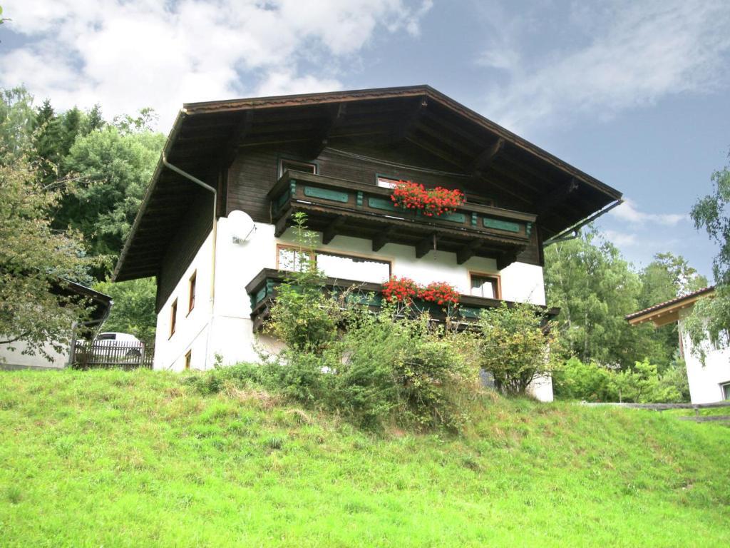 BAM-SBG Taxenbach Htte/Hut 8 Pers. | Mondial Reisen