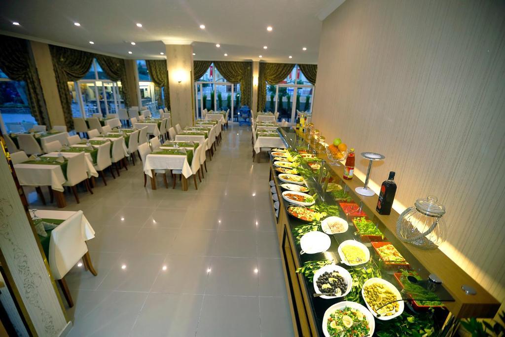 Ресторан / где поесть в Enki Hotel