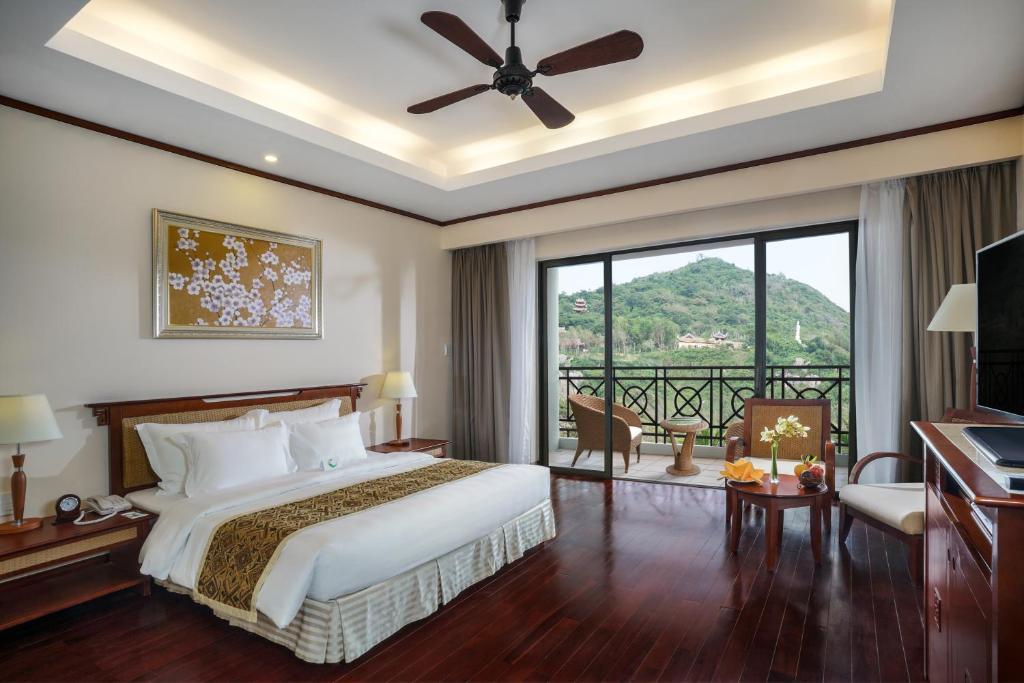 Phòng Grand Deluxe Giường Đôi - Bao Cả 3 Bữa