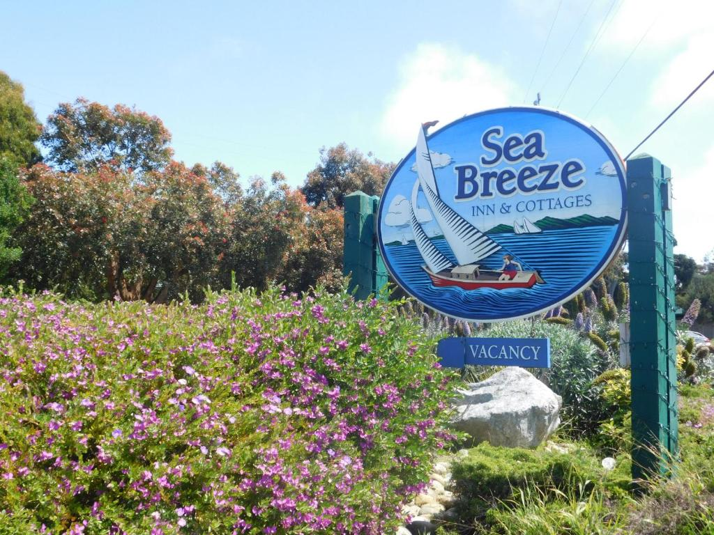 Awesome Inn Sea Breeze Pacific Grove Ca Booking Com Download Free Architecture Designs Scobabritishbridgeorg