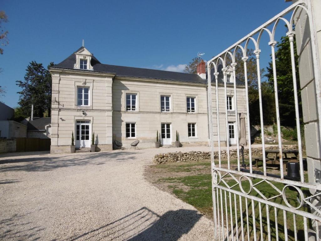 Domaine Des Aubuis Chinon Tarifs 2020
