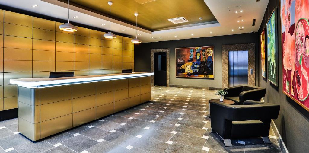 Lobbyen eller receptionen på Ocak Hotel & Apartment