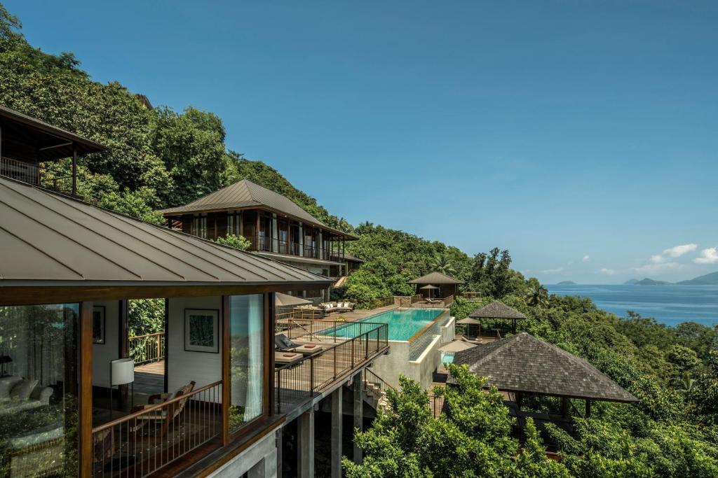 Four Seasons Resort Seychelles Baie Lazare Mahe Seychelles