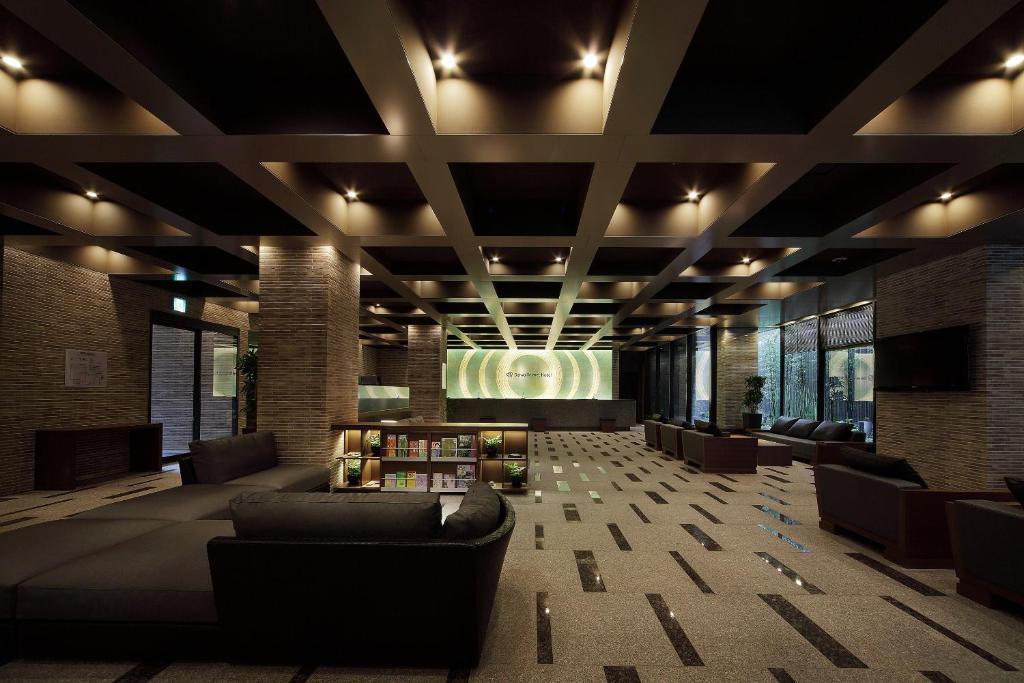 ล็อบบี้หรือแผนกต้อนรับของ โรงแรมไดวะ รอยเนต เกียวโต ชิโจ คาราสึมะ