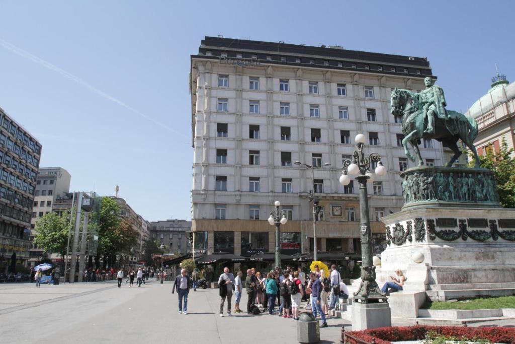 Belgrade Republic Square Apartment