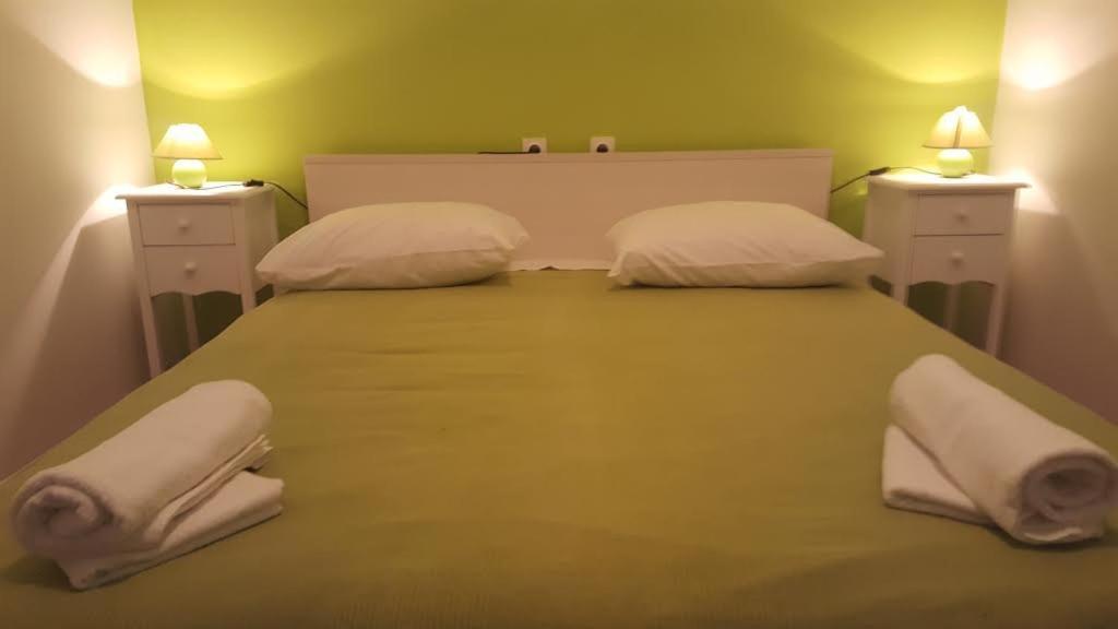 Jezera Rooms