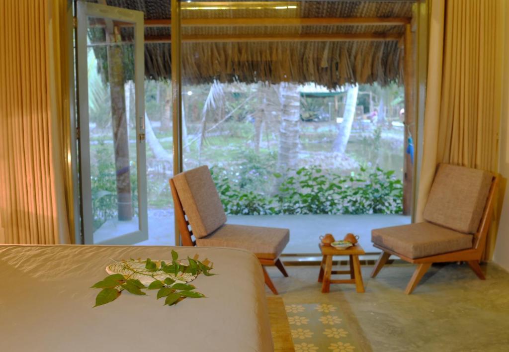 Phòng Giường Đôi Nhìn Ra Vườn