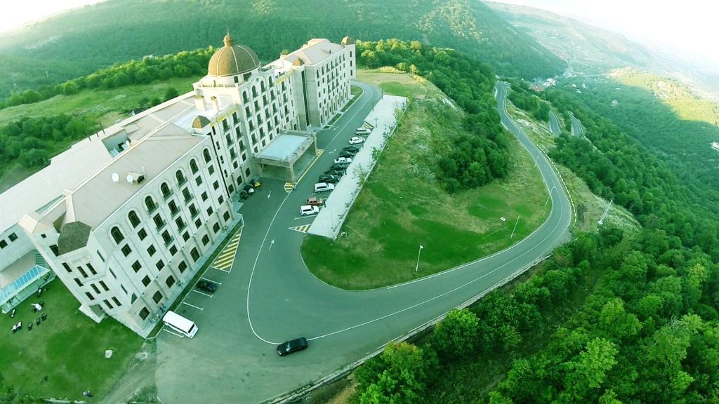 A bird's-eye view of Golden Palace Hotel Resort & Spa GL