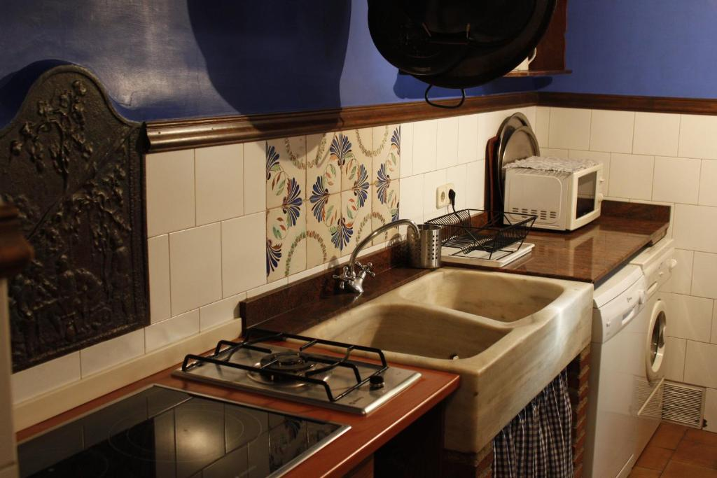 Casa Rural Andrea (España Horche) - Booking.com