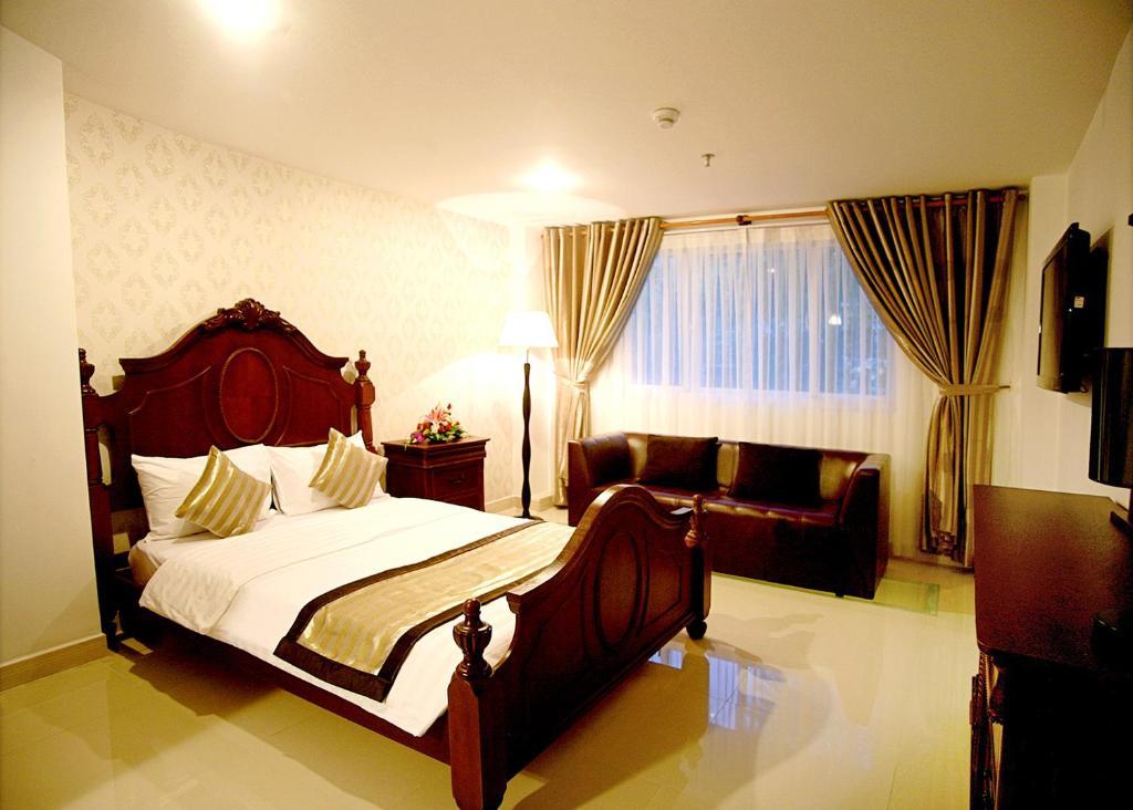Khách sạn New Sunny