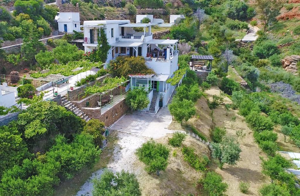 מבט מלמעלה על Kypri Apartments